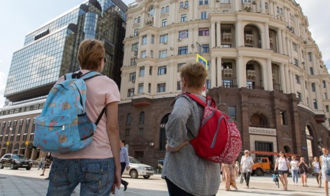 Сколько тратит иностранный турист за день в Украине?